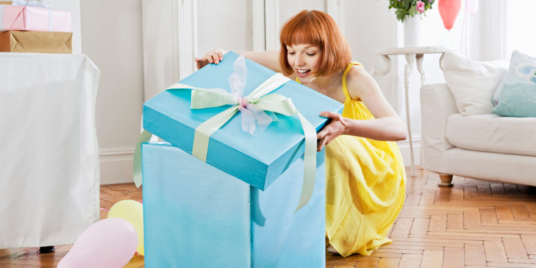o-great-birthday-gifts-girlfriend-facebook