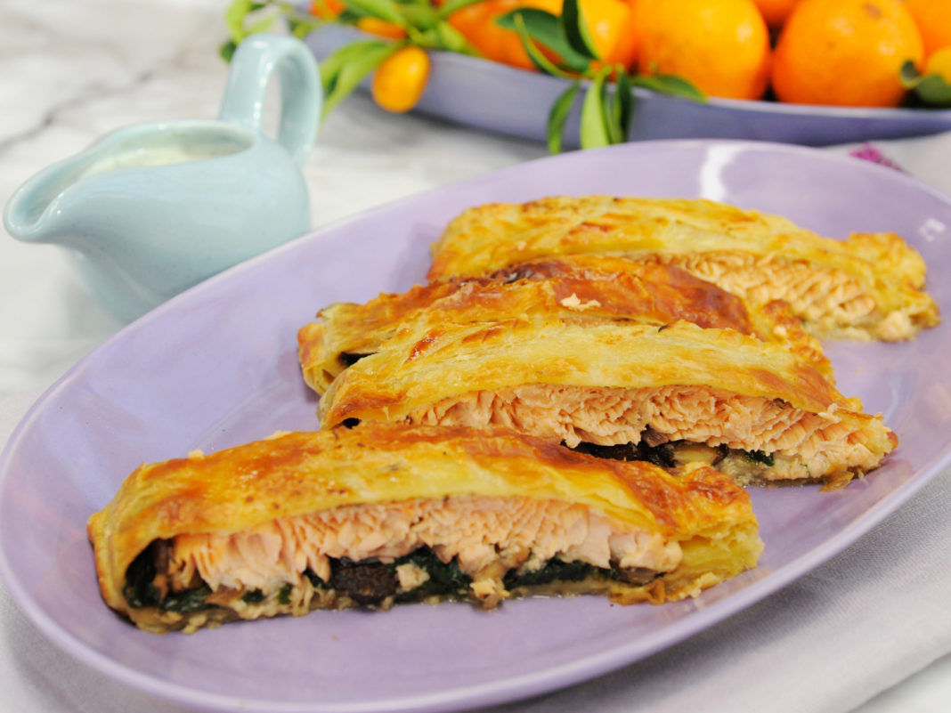 puff-pastry-wrapped-salmon