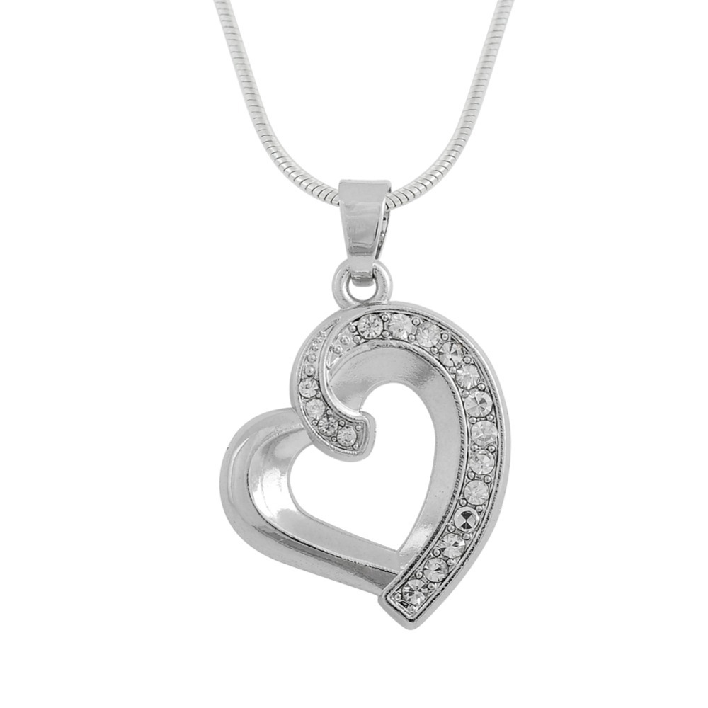Silver-Plated-Crystal-Heart-Shaped-Pendant-Necklace